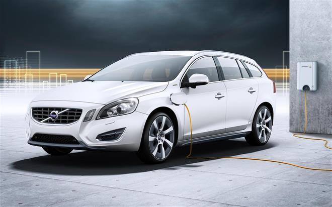 Volvo V60 Plug-in Гибрид – новое поколение авто с электрическим генератором