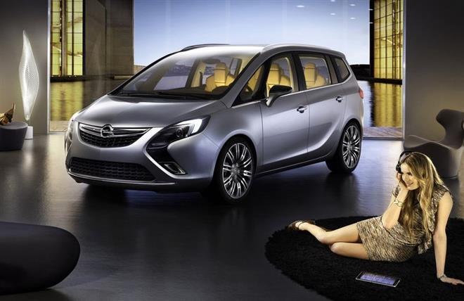 Новый концепт-кар Zafira Tourer от Opel