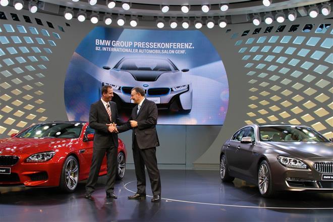 BMW показал свои автомобили на Женевском автосалоне