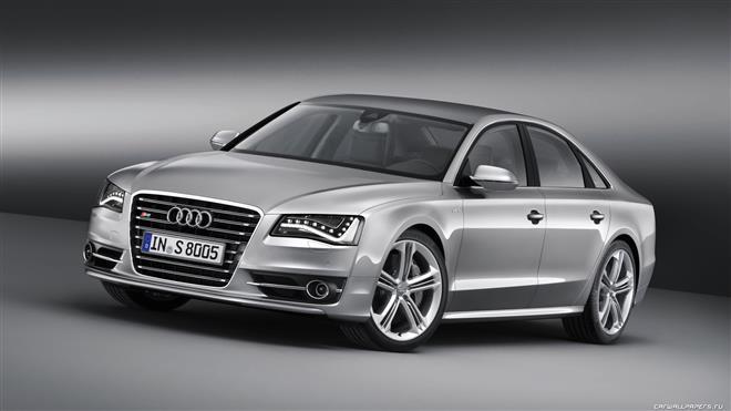 Немцы делятся подробностями об Audi S8 2011