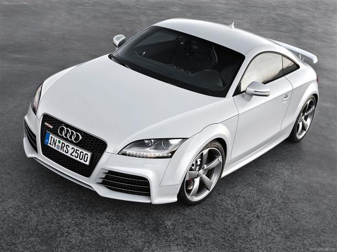 Audi TT – дерзкий спортивный автомобиль