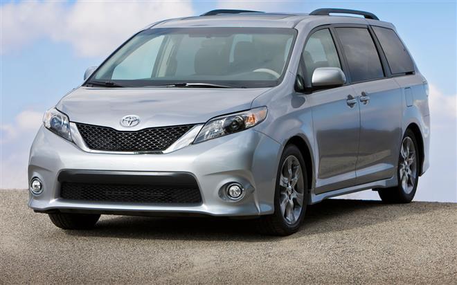 Corolla и Sienna отзываются дистрибьюторами Toyota