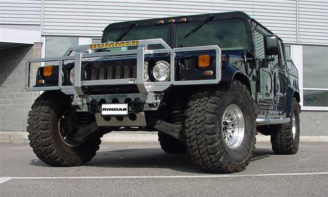 Hummer H1 - король бездорожья