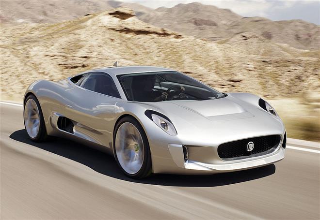 Jaguar C-X75 - эффектный суперкар
