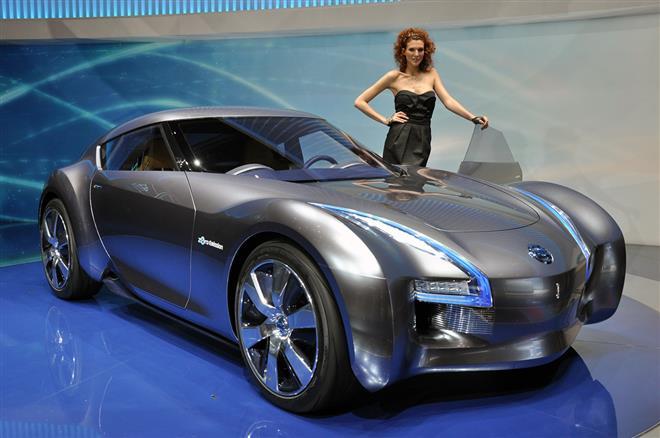"""Японский Nissan Esflow – спортивный авто со стильным """"ледяным"""" дизайном"""